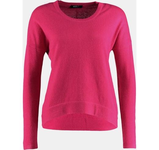 różowy-sweter