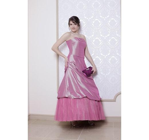 Różowa sukienka na bal