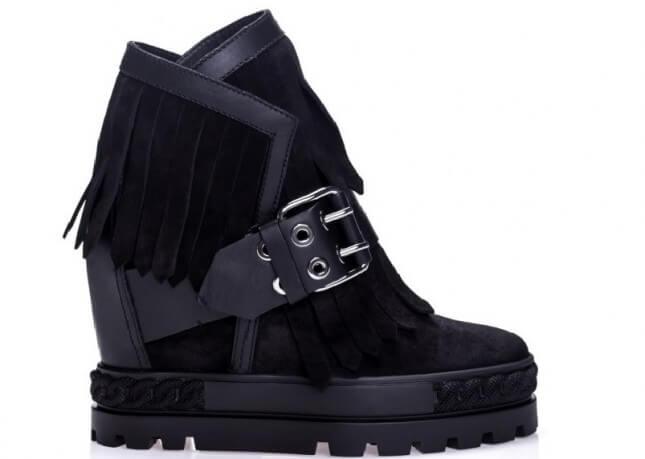 Sneakersy Casadei - najmodniejsze w tym sezonie