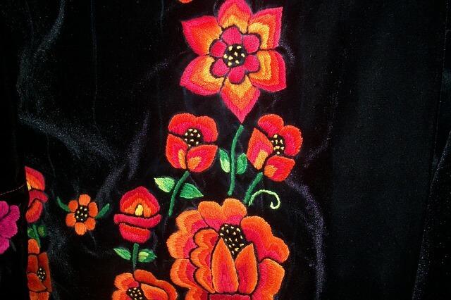 haft na ubraniu