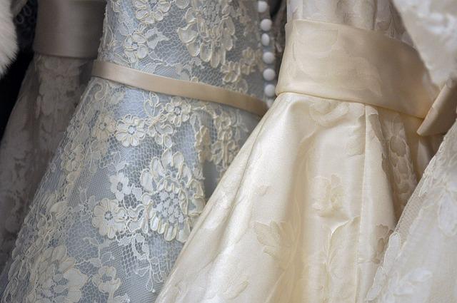 Suknie w stylu wiktoriańskim