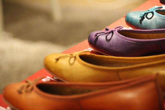 Kolorowe baleriny z kokardką